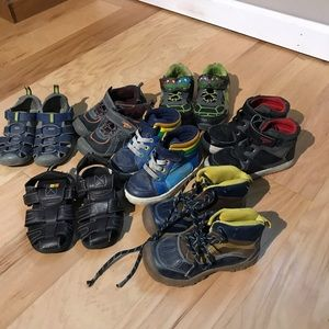7 pairs Boys shoes lot